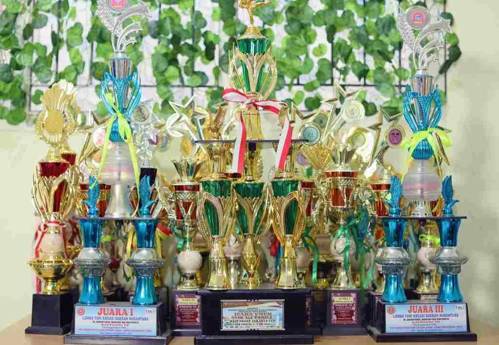 Piala Sekolah Prestasi Global