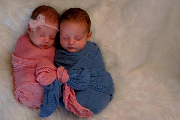 Berat Badan Ideal Bayi - Bayi yang lahir kembar