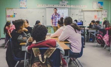 Wajib Ada Pendidikan Karakter di Sekolah