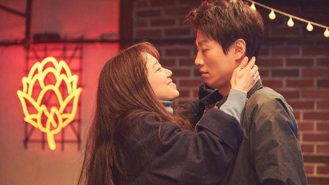10 Rekomendasi Film Drama Korea Romantis Bikin Baper 7