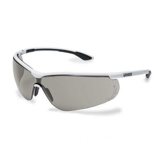Kacamata Safety Sangat Penting Digunakan Untuk Bekerja 2