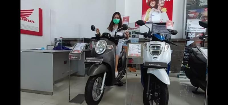 Wujudkan Mimpi, Beauty Vlogger Jatuh Pilihan pada Honda Scoopy 2
