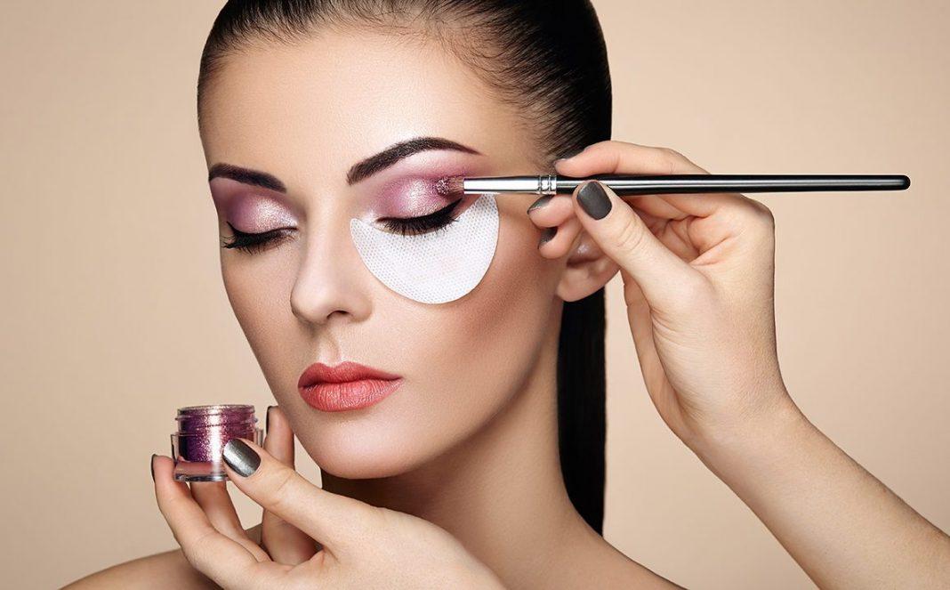 Makeup Beauty Blogger Hacks