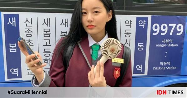 9 Potret Park Yoona Pakai Seragam di True Beauty 2