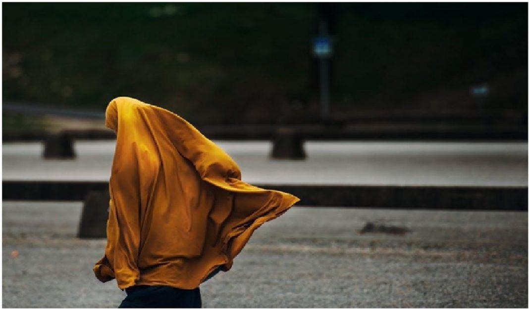 Sikap dan Ciri-Ciri Wanita Muslimah yang Baik dan Harus Anda Ketahui 3