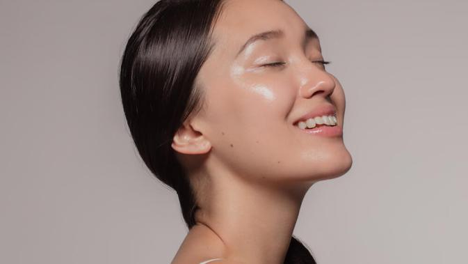 Beauty Review: Merasakan Manfaat Jitu Kandungan Artemisia untuk Perawatan Kulit Wajah 2