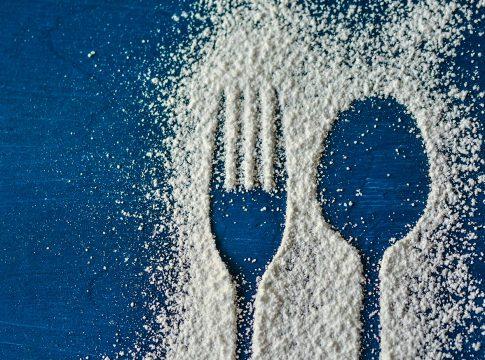 Jika Darah Tinggi, Anda Pantang Makan Ini – FAJAR 2