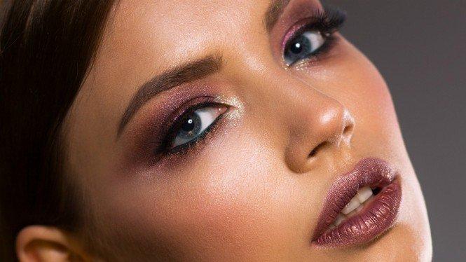 Dandan Makin Kilat, Cewek Wajib Punya 3 Beauty Tools Ini 2