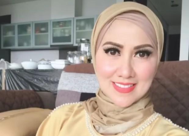 Cantik di Usia Senja, Venna Melinda Tegaskan Tak Pernah Operasi 2