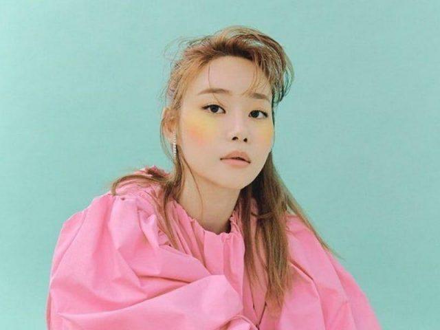 Kejutan Awal Tahun, Yuna AOA Keluar dari FNC Entertainment 2
