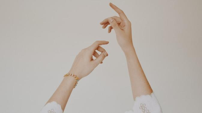 5 Cara Menghilangkan Keriput di Tangan yang Harus Diketahui 2