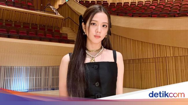 Jisoo BLACKPINK Jadi Global Ambassador Dior Fashion dan Beauty 2