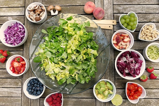 Atasi Kolesterol Tinggi, Konsumsi 7 Buah Ini – FAJAR 2