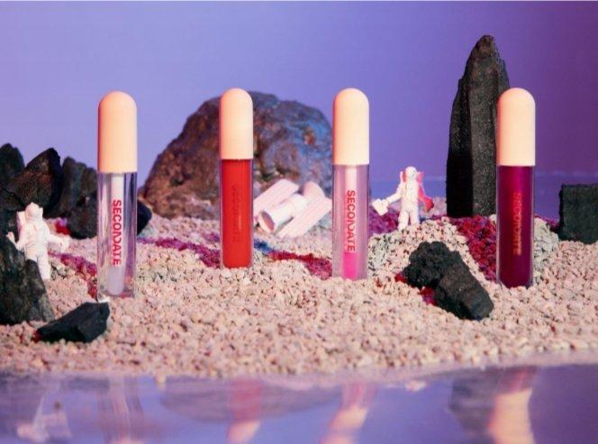 Gel Lip Gloss Secondate Beauty: Solusi Bibir Lembap dan... 2