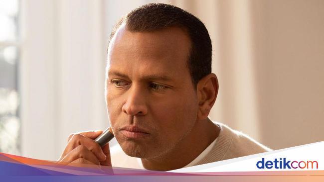 Putus dari Jennifer Lopez, Alex Rodriguez Rilis Makeup Khusus Pria 2
