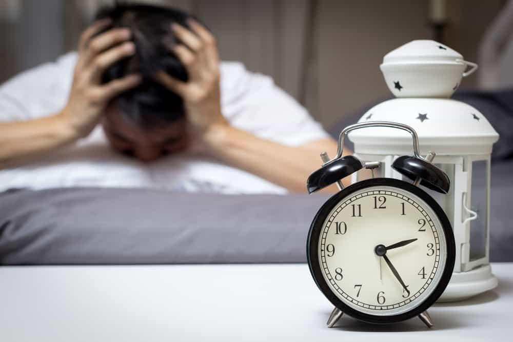 Tiga Kebiasaan Bikin Tidur Tidak Pulas – FAJAR 2