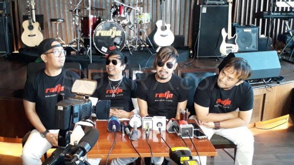 Band Radja Rilis Lagu Kavir, Sindir Orang-Orang yang Ingin Viral di Medsos 2