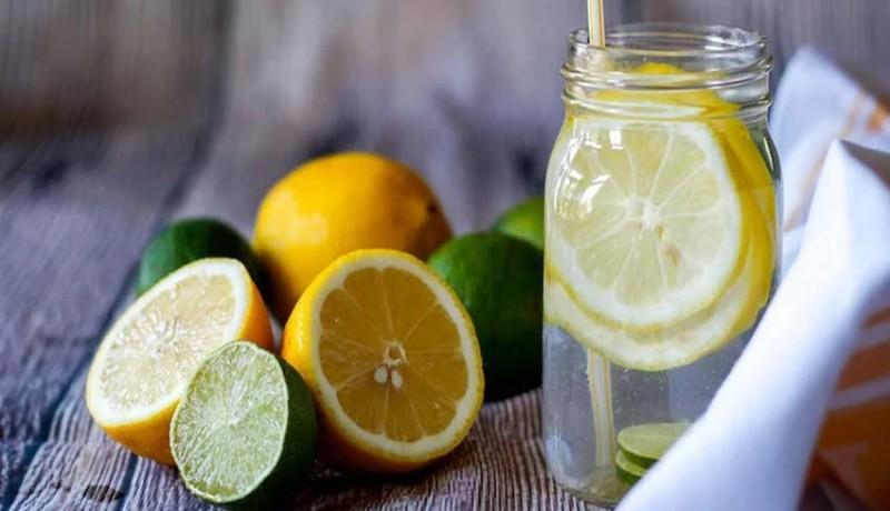 Cukup Minum Air Lemon Hangat Tiap Pagi, Hasilnya Tak Terduga – FAJAR 2